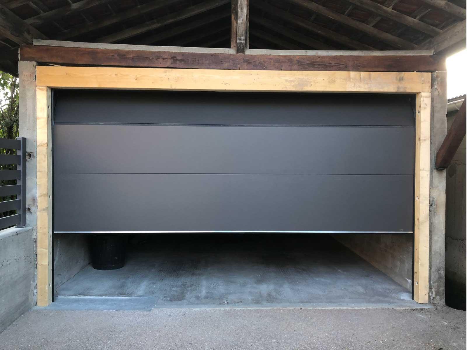 Portes de garages sectionnelles ou basculantes avec motorisation - Rémy FERERE