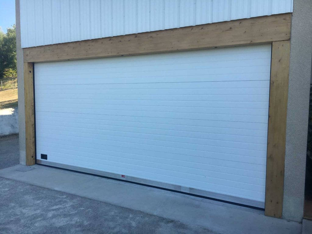 Porte de garage en isère